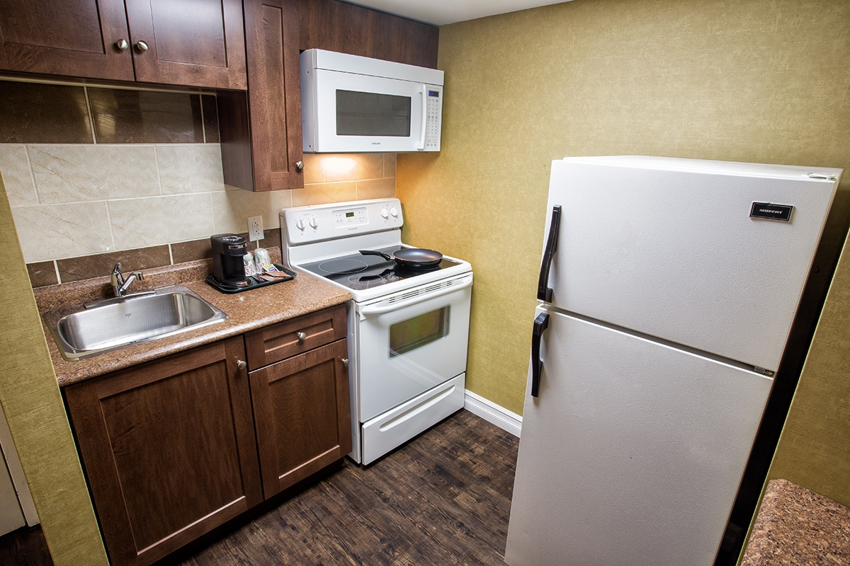 Kitchenette Unit Marystown Hotel Amp Convention Centre
